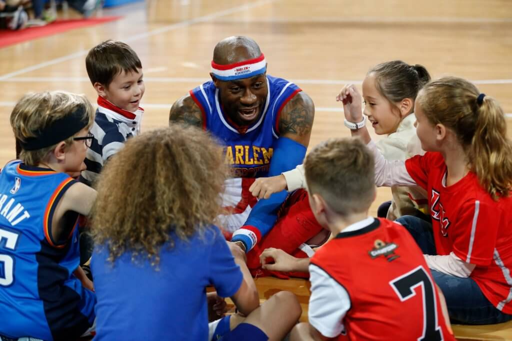Family Friendly Las Vegas: The Harlem Globetrotters | www.thevegasmom.com